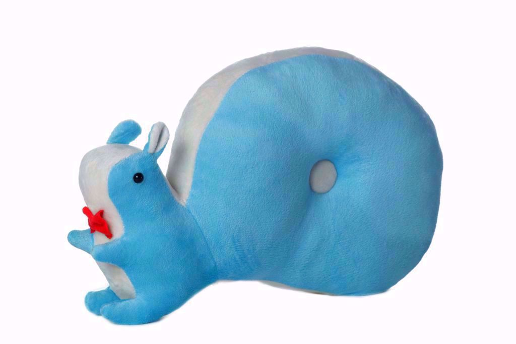 Squirrel-Pillow-Blue