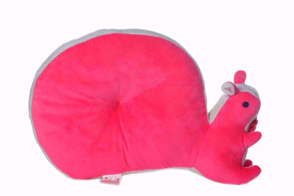 Squirrel-Pillow- d- Pink